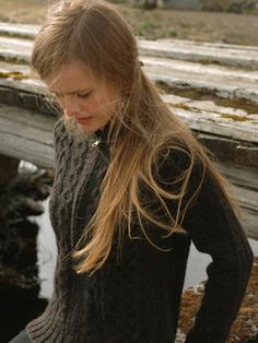 Stapi - Icelandic Wool Sweater handknitted 4